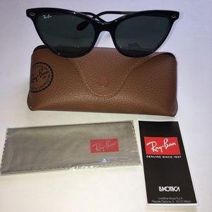Ray-Ban cat-eye acetate black sunglasses in case